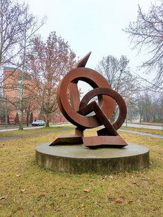 Szép Látvány szobor (Nagykőrös) http://www.turabazis.hu/latnivalok_ismerteto_5288 #latnivalo #nagykoros #turabazis #hungary #magyarorszag #travel #tura #turista #kirandulas