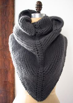 Dovetail Wrap - simple garter stitch shawl - free pattern from Purl Bee