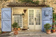 Luberon authentique   Ansouis. Portes du Luberon, Fr. Author: Salva Barbera