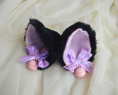 Made to order - Kitten play clip on cat ears kawaii pet - neko lolita cosplay costume ears - kitten play gear accessories - black and red Costume Makeup, Cosplay Costumes, Kitten Play Gear, Little Land, Lolita Cosplay, Custom Bows, Neko Cat, Kittens Playing, Anime Shows