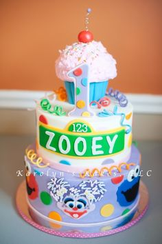 Take out an O and this is perfect for my Zoey! Sesame Street Birthday Cake