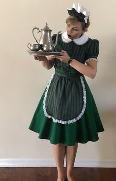 Cosplay Costumes, Halloween Costumes, Disney Halloween, Haunted Mansion Costume, Disney Bound Outfits, Disney Dresses, Disney Dapper Day, Maid Dress, Skirts With Pockets
