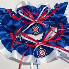 On the blog: a Chicago Cubs wedding garter set by Sugarplum Garters for bride Kim