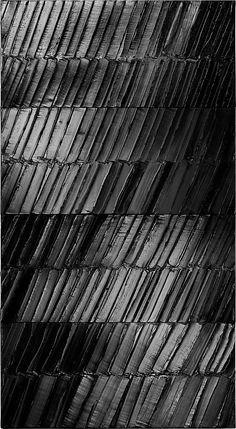 Pierre Soulages, Peinture 296 x 165 cm, 4 janvier 2014, acrylic on canvas (Soulages Archives, 2014, photo: © Vincent Cunillère, courtesy Dominique Lévy Gallery)