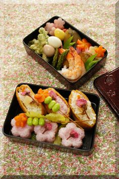 Spring Sushi Bento for Sakura Flower Viewing, by Alice|お花見弁当