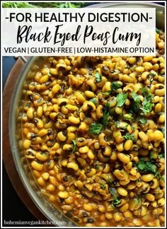 Heal your gut and eat well with this delicious Black Eyed Peas Vegan Curry which is full of healing herbs and easy on the digestive system! Versatile for a number of diets and allergy-friendly this meal is filling flavorful and simple to pull together. Easy Vegan Dinner, Vegan Dinner Recipes, Vegan Dinners, Vegan Recipes Easy, Vegetarian Recipes, Veggie Recipes, Easy Vegan Curry, Vegetarian Curry, Healthy Chili