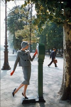 Pierre Cardin, photo by Mark Shaw in the Tuileries, 1958