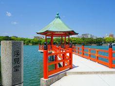 九州地方の中でも旅行先として人気の高い「福岡」。博多ラーメン、明太子、もつ鍋…「福岡」はグルメのイメージがありますが、人気の観光スポットもたくさんあるんです!今回はそんな「福岡」のおすすめ観光スポットTOP41をランキング形式でお伝えします。