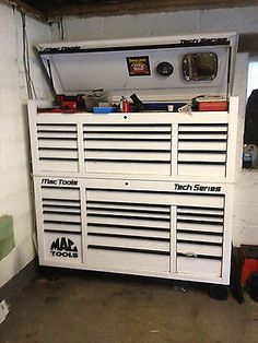 MAC TOOLS TECH SERIES TOP AND BOTTOM TOOL BOX AND SIDE LOCKER IN WHITE