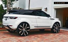 Range Rover Eque on 26 inch rims!
