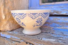 French 1920s/1930s Cafe au lait bowl blue floral design country life $22.00