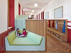 Swiss design studio ZMIK has transformed three corridors at a primary school in Basel into flexible learning-spaces designed to promote wellbeing. Room Interior, Interior And Exterior, Transformers, Modern Classroom, School Hallways, Swiss Design, Lounge, Learning Spaces, Design Studio