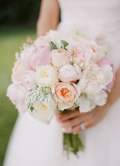 Featured Photo: Josh Gruetzmacher Photography; Wedding bouquet idea.