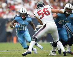 News, email and search are just the beginning. Titans Football, Football Jerseys, Football Players, Football Helmets, Tn Titans, Tennessee Titans, Houston Oilers, Chris Johnson, Sports Photos