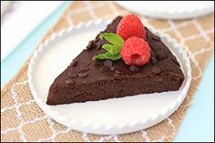 Hungry Girl's Fudgy Flourless Chocolate Cake