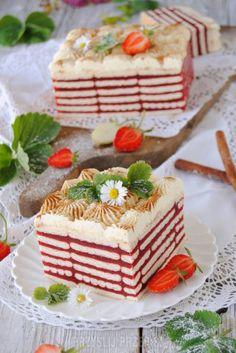 Truskawkowa zebra bez pieczenia - Truskawkowa zebra bez pieczenia Polish Desserts, Cold Desserts, Polish Recipes, Cookie Desserts, No Bake Desserts, Dessert Recipes, Mini Cakes, Cupcake Cakes, Sweets Cake