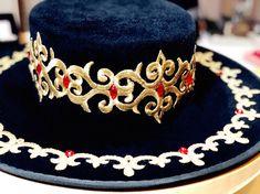 6377e8767dd4 Bespoke Hat by YUAN LI LONDON for Paul Ronny Angel