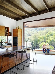 spotted gum house for grand designs australia and shane thompson architects. grand-designs-brookfield-house17.jpg