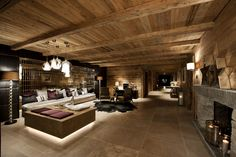 Living room at Exterior of Chalet N in Lech Chalet Interior, Luxury Interior Design, Interior Exterior, Interior Styling, Interior Decorating, Decorating Ideas, Chalet Design, Ski Chalet, Chalet Chic