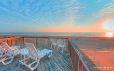 **LIKE** if you'd LOVE to wake up to this #oceanview... everyday!   Booked your #vacation yet?   What are you waiting for?  Sandbridge Beach - Virginia Beach, VA / Siebert Realty  #Sandbridge #sandbridgebeach #vabeach #virginiabeach  #siebert #beachvacation #sunrise #siebert #siebertrealty #SandbridgeSpring14