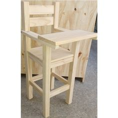 Diy Furniture Easy, Wood Pallet Furniture, Wood Pallets, Diy Storage Rack, Barbie House Furniture, Wooden High Chairs, Wooden Pallet Projects, Baby Chair, Decoration