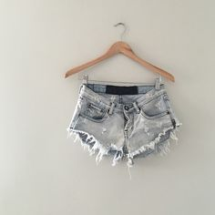 One Teaspoon Bonitas Cutoff Shorts Classic 25 These are in great vintage condition. Very low rise and little cheeky. In a beautiful light wash. These were purchased on nastygal website few year ago. 100% authentic. See images for condition and distress One Teaspoon Shorts Jean Shorts
