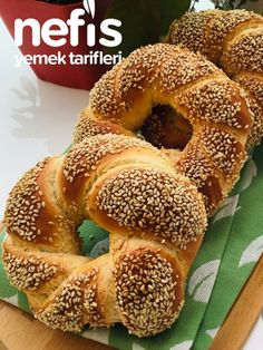 How to make Simit Recipe? Pictures of Simit Recipe in people& notebook . Simit Recipe, Rosemary Bread, Tribal Nails, Bread N Butter, Easy Bread, Homemade Beauty Products, Yams, Bagel, Food And Drink