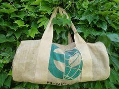 """Grand sac polochon en toile de jute - Sac à café customisé """"NICARAG"""