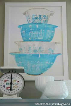 Vintage Pyrex - FREE watercolor printable! Fun artwork for any kitchen eclecticallyvintage.com