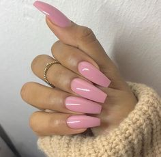 In search for some nail designs and ideas for your nails? Here's our list of 32 must-try coffin acrylic nails for fashionable women. Perfect Nails, Gorgeous Nails, Love Nails, Fun Nails, Pretty Nails, Ongles Roses Barbie, Ongles Roses Clairs, Faux Ongles Gel, Soft Pink Nails