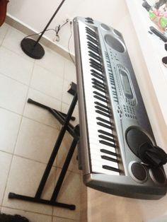 76) Teclado Casio 5 octavas $3,800 pesos. *Incluye Funda y Base.