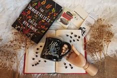 #WIN the Ultimate Coffee and Book Lover's Subscription Box! #amreading #giveaway