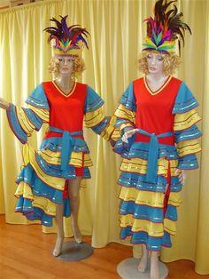 Feestkleding Dit werkt vaak als een Halloween-feest idee, maar je hoeft niet te wachten op die dag voordat u deze kunt gebruiken . Trouwens , veel mensen zijn in cosplay tegenwoordig, waardoor kostuum partijen meer geaccepteerd dan voorheen .