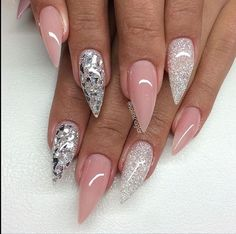In love with these nails