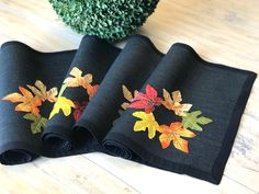 Maple Leafs Placemats in Black/ Fall Placemats With Leaf/ Autumn decoration / Holiday decor/ Fall leaves/ Burlap Placemats Vintage Inspired