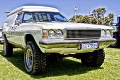 Australian Muscle Cars, Aussie Muscle Cars, Holden Australia, Vanz, 4x4 Trucks, Road Racing, Station Wagon, Kustom, Hot Cars