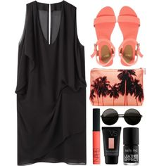 Loving this outfit! Black is adorable paired with coral.