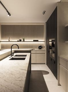 31 Beautiful Modern Condo Kitchen Design And Decor Ideas Luxury Kitchen Design, Kitchen Room Design, Contemporary Kitchen Design, Home Room Design, Luxury Kitchens, Modern Interior Design, Interior Design Living Room, Modern Contemporary, Minimal Kitchen Design