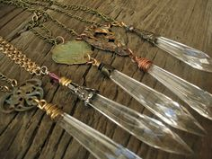 vintage repurposed chandelier crystal prism art nouveau victorian pendant necklace//don't I have a crystal pendant someplace, still in a bag? Crystal Jewelry, Wire Jewelry, Pendant Jewelry, Jewelry Crafts, Jewelry Art, Beaded Jewelry, Vintage Jewelry, Handmade Jewelry, Jewelry Necklaces