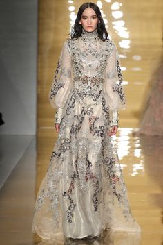 Reem Acra Fall 2015 Ready-to-Wear Collection Photos - Vogue
