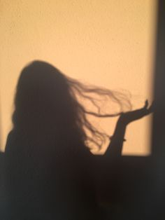 Shadow Photography, Tumblr Photography, Girl Photography Poses, Girl Shadow, Shadow Pictures, Shadow Pics, Profile Pictures Instagram, Bad Girl Aesthetic, Beige Aesthetic