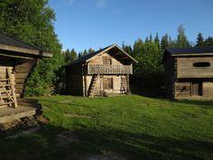 Vanhoja aittoja - old granaries - Farmi-tv-sarjan talo avaa ovensa - Glorian antiikki - Gloria.fi