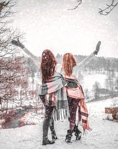 Photos Bff, Sister Pictures, Snow Pictures, Best Friend Pictures, Friend Senior Pictures, Best Friend Photography, Snow Photography, Photography Poses, Best Friends Shoot