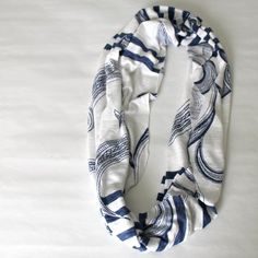 Easy tutorial for turning an old shirt into a new infinity scarf---another way of doing it (but requires sewing)