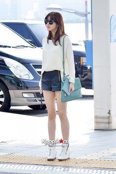Kang sora Kang Sora, Denim Skirt, Ootd, Photoshoot, Actresses, Lady, Skirts, How To Wear, Beauty