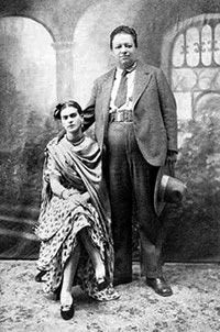 Photo de Mariage de Frida Kahlo et de Diego Rivera...                                                                                                                                                                                 Plus