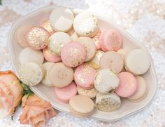 Floral-Chic-Outdoor-Baby-Shower-Macarons More from my siteFloral-Chic-Outdoor-Baby-Shower-Guest-Centerpiece the ultimate outdoor baby shower with these tips. Baby Shower Floral, Baby Shower Roses, Boho Baby Shower, Baby Shower Cupcakes, Girl Shower, Shower Cakes, Baby Shower Treats, Boy Baby Shower Themes, Gender Neutral Baby Shower