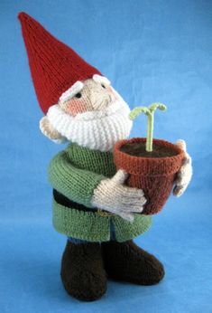 Knitting pattern for Green Fingers gnome by Alan Dart
