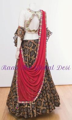 CHANIYA CHOLI 2018 Silk Chania with designer brocade blouse and contrast dupatta Half Saree Designs, Choli Designs, Bridal Blouse Designs, Ethnic Outfits, Indian Outfits, Indian Clothes, Emo Outfits, African Traditional Dresses, Indian Dresses