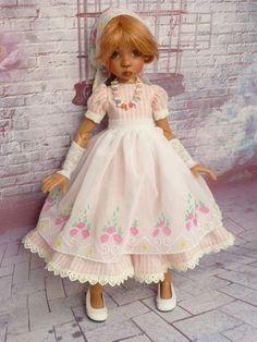 dress dolls bjd msd ( layla , miki  kaye wiggs  ) ,designed  by marianna